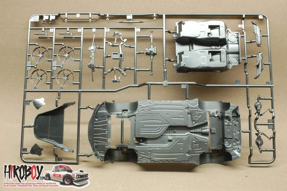 mainan model kit